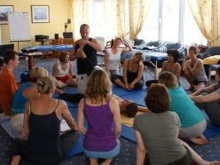 Thai-Yoga-Massage (nach Pape)
